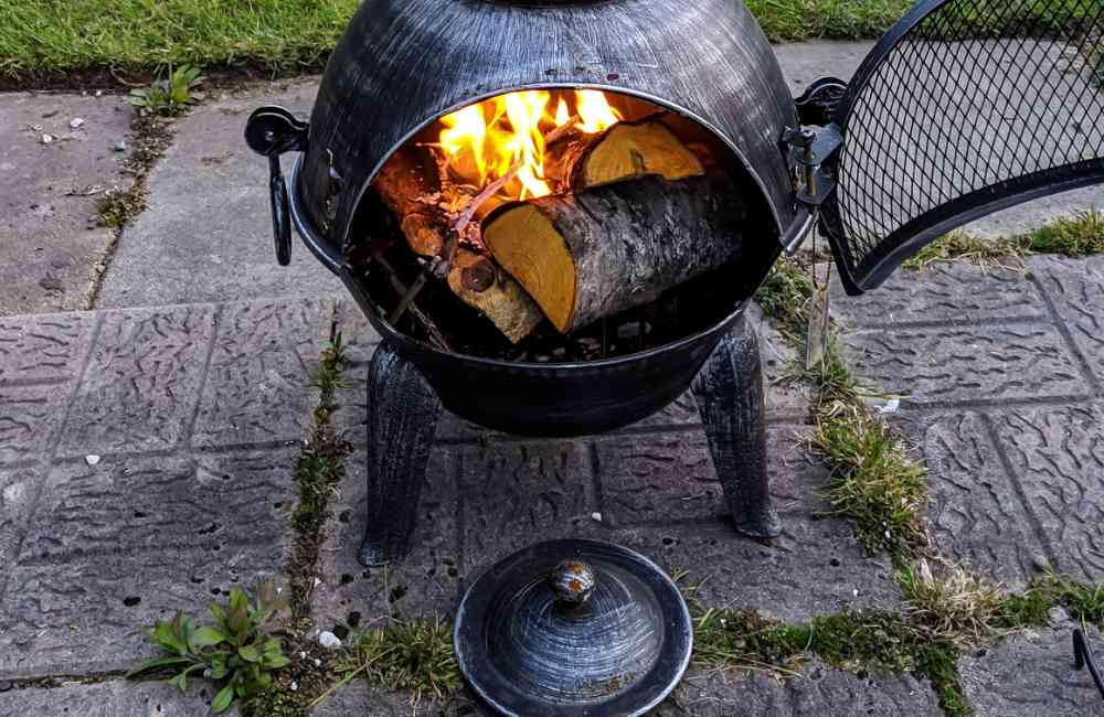 Chiminea lid on or off